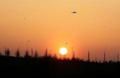 Heathrow 09L Approach, sunset